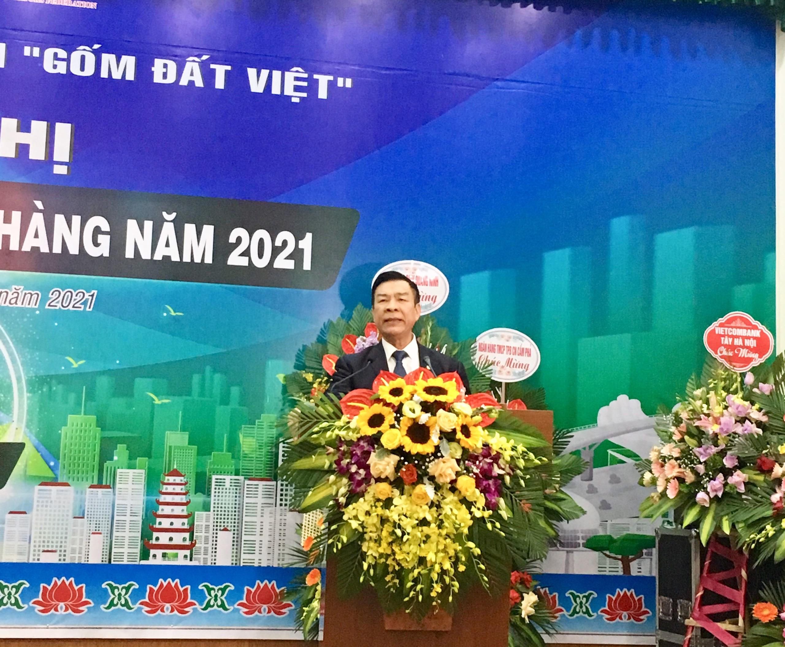 TS. AHLĐ Nguyễn Quang Mâu, chủ tịch Gốm Đất Việt phát biểu tại Hội nghị