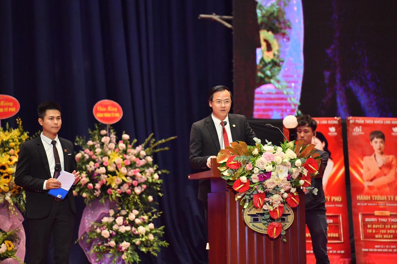 ÔngHoàng Thái Tuấn Anh - Tổng thư ký Tổ chức Kỷ lục Đông Dương, Trưởng đại diện văn phòng Kỷ lục miền Bắc đại diện công bố Kỷ lục