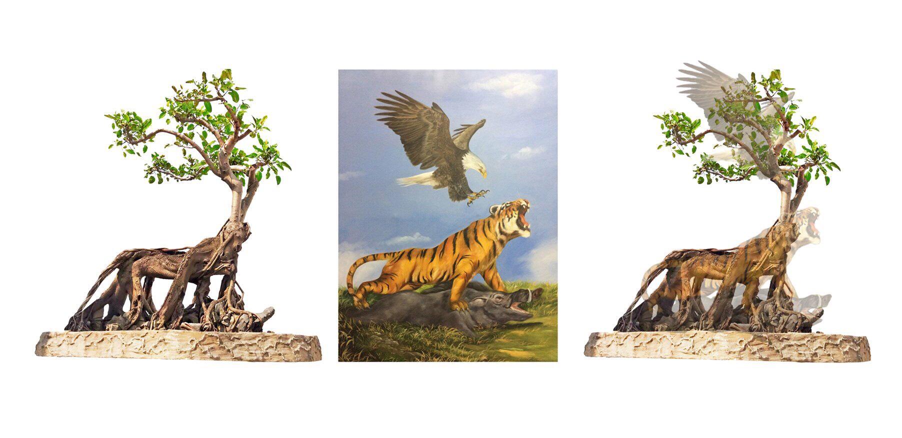 """Tác phẩm cây cảnh """"Anh Hùng Tương Ngộ""""là cây Đa cổ thụ có tuổi thọ hơn 200 năm với chiều dài 2m, cao 2.5m, đường kính bệ 2m."""