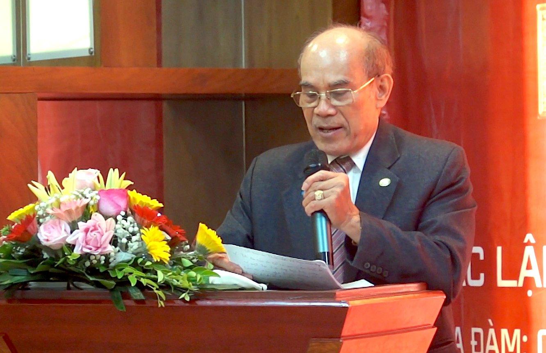 Ông Nguyễn Minh Vĩ, Giám đốc Trung tâm công nghệ chống hàng giả Việt Nam phát biểu.